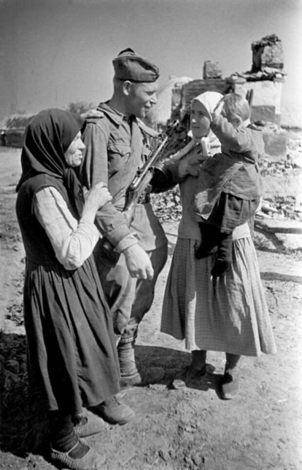 В родном селе, 1943 год.