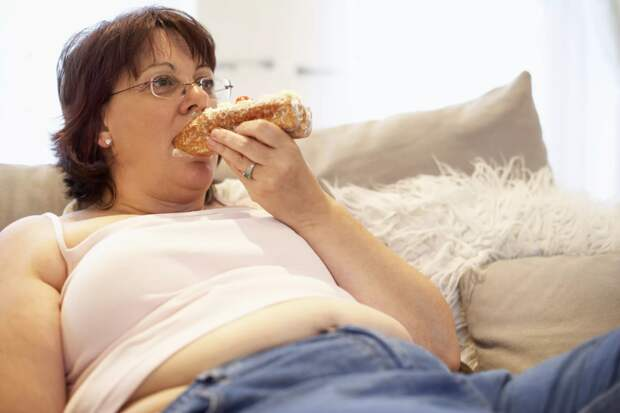 В 58 лет я поняла, какие привычки вызывают лишний вес, несмотря на то, что ем я не много