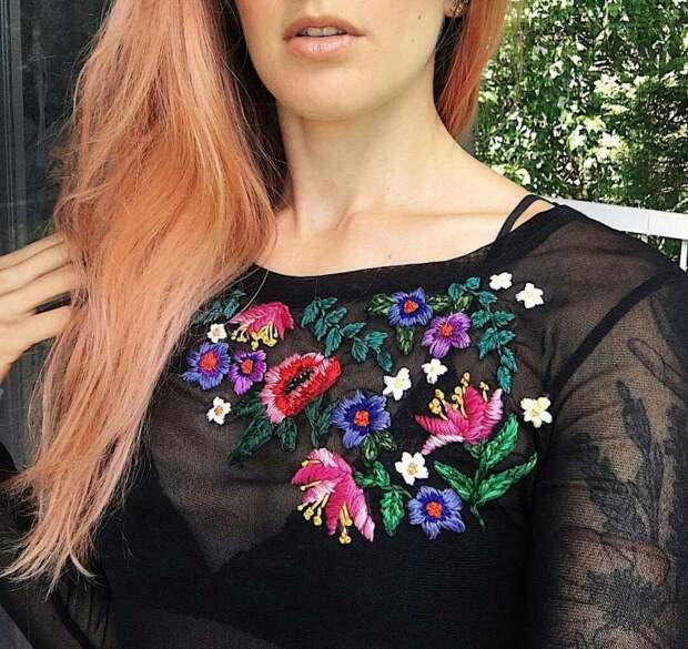 Вышивка одежды: цветы