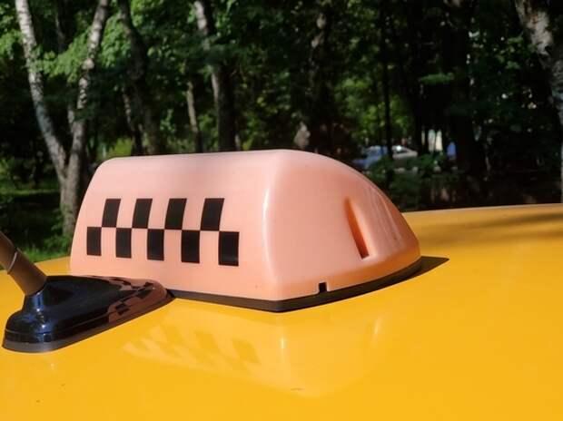 Начался рейд по проверке масок у водителей такси и пассажиров