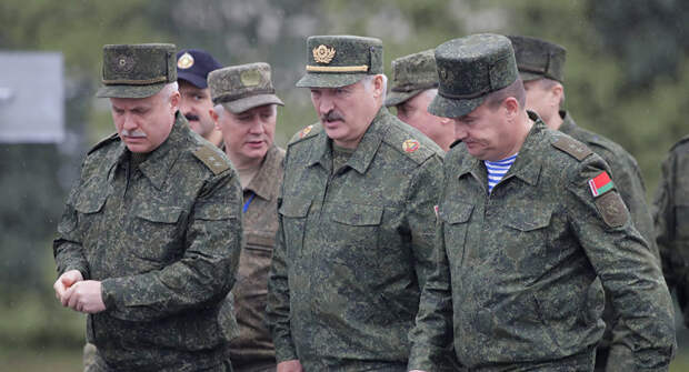 «Беларусь-1»: Лукашенко приказал срочно перебросить бригаду ВДВ в Гродно