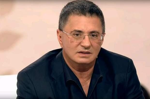 Мясников предложил Панину самому плюнуть в Соловьёва