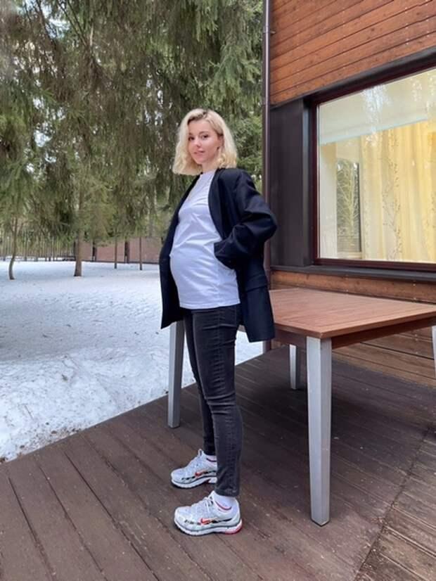 Юлианна Караулова о рождении ребенка, новых привычках и токсичных людях вокруг