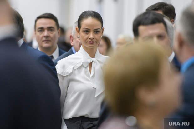 После фразы «никто не просил рожать» свердловскую чиновницу поставили в очередь на бюджетную квартиру