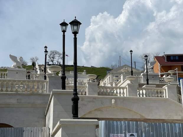 Реконструкцию Митридатских лестниц в Керчи закончат к 1 мая