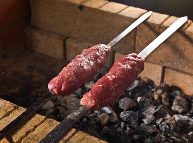 Мясо и соль, свинина и баранина