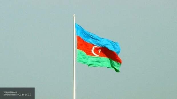 Азербайджан опроверг информацию о сбитом военном самолете