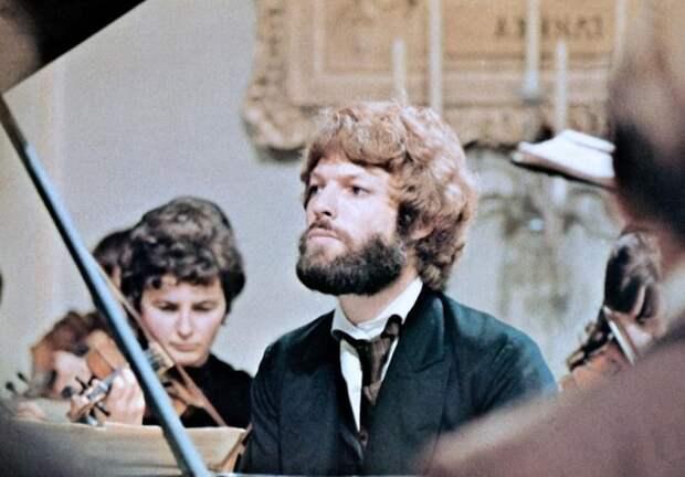 Фантастическая восьмерка: Знаковые фильмы о великих композиторах