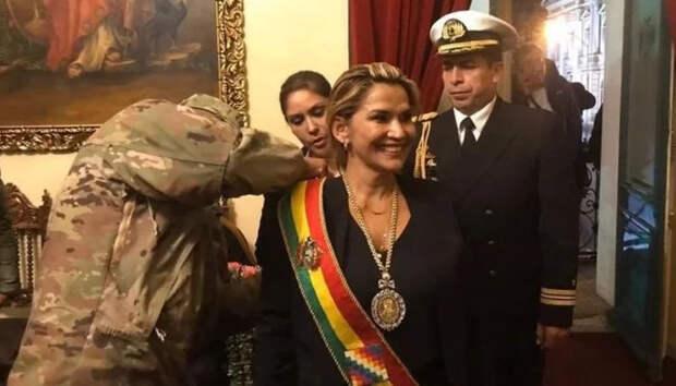 Прокуратура Боливии выдала ордер на арест Аньес