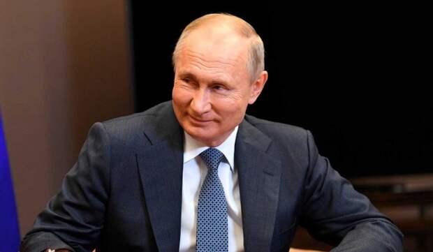 """Путин одобрил идею предоставить """"Сириусу"""" статус фееральной теоритории"""