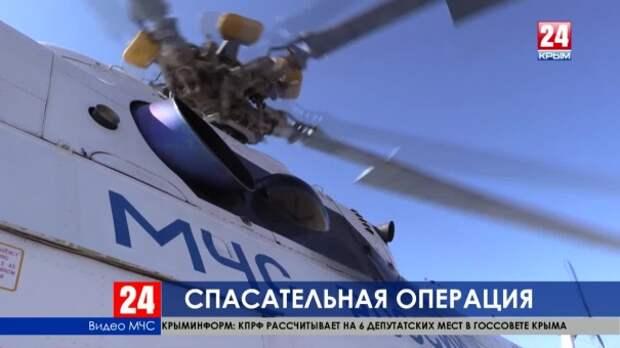 ЧП в Крыму: двух подростков унесло в море