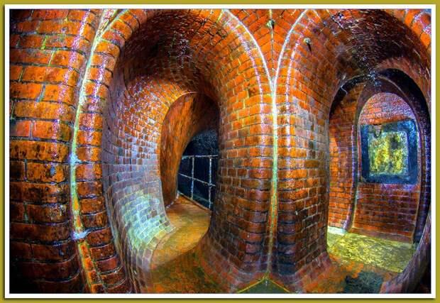 Источник Яндекс.картинки. Древние подземные сооружения