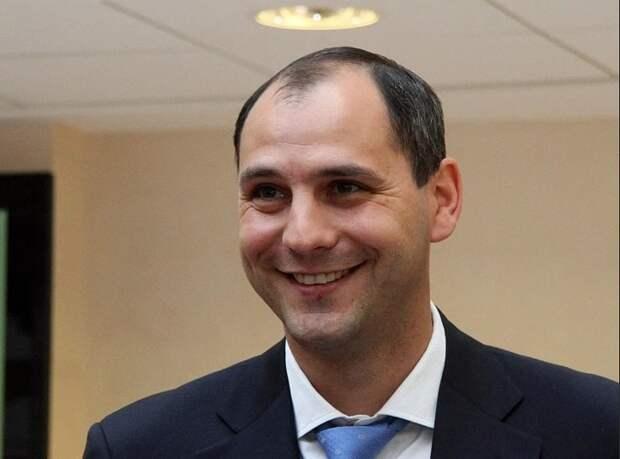 Врио губернатора Оренбургской области Денис Паслер в 2018 году получил личный доход свыше 234 миллионов рублей