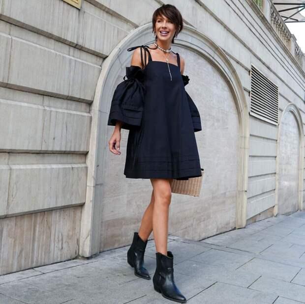Современные варианты стильного черного платья