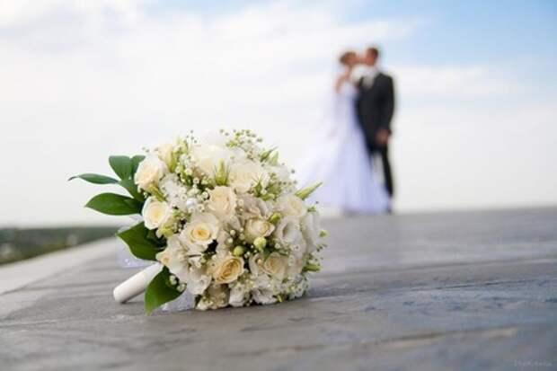 Свекровь сразу невзлюбила свою невестку, но сын Иван не встал на защиту супруги. А через несколько лет Наташа всем утерла нос