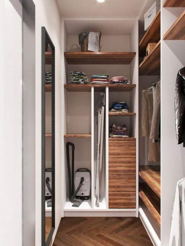 Идеи для хранения гладильной доски. Или 10 мест, где можно спрятать гладильную доску, фото № 7