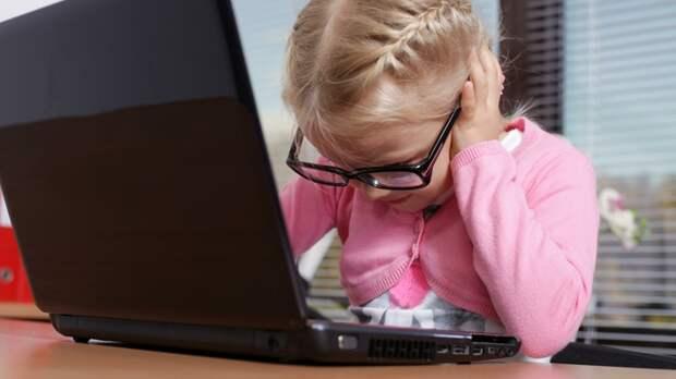 Зрение ухудшается в 1,5 раза быстрее, и это только начало: Как дистанционка калечит наших детей