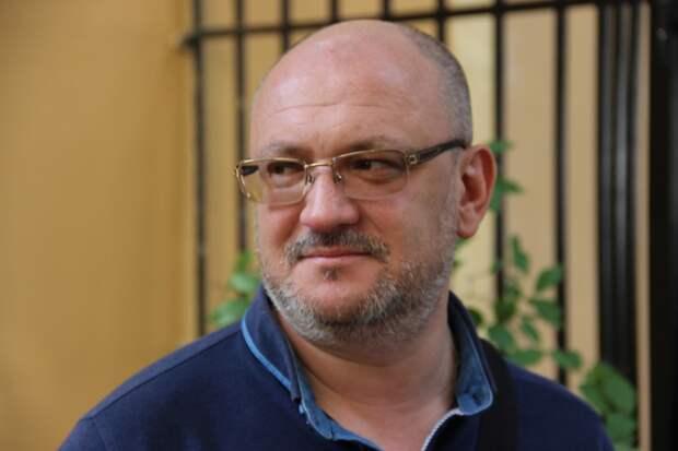 Оскандалившийся депутат петербургского ЗакСа Максим Резник опять причитает
