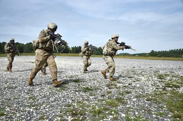 «Я — против» - прибалты жалуются на военные учения НАТО в своих городах