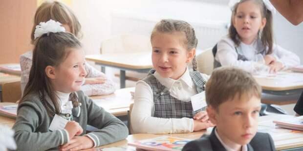 Депутат Мосгордумы Татьяна Батышева дала рекомендации по подготовке к учебному году / Фото: mos.ru