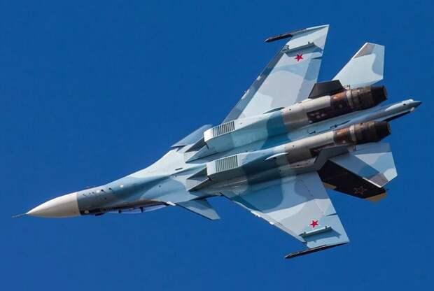 Су-30 перехватил у границ России японский самолет