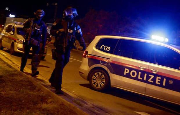 Теракты в Вене: почти одновременные расстрелы людей на улицах австрийской столицы