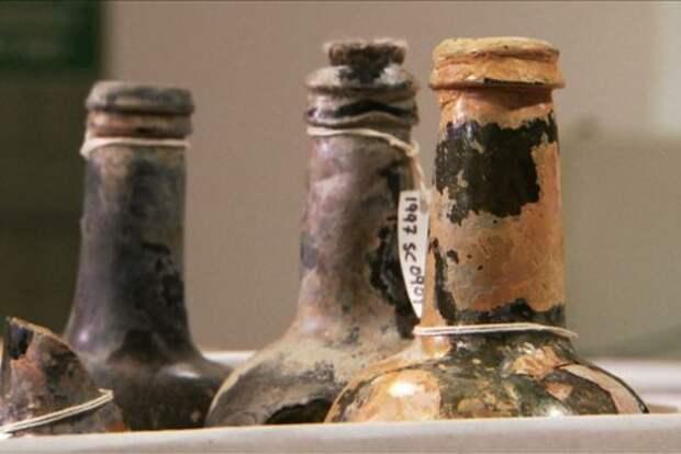 Бутылки из груза Sydney Cove