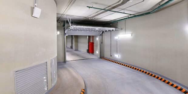 Парковочные места в многоэтажном гараже на Полярной выставили на торги