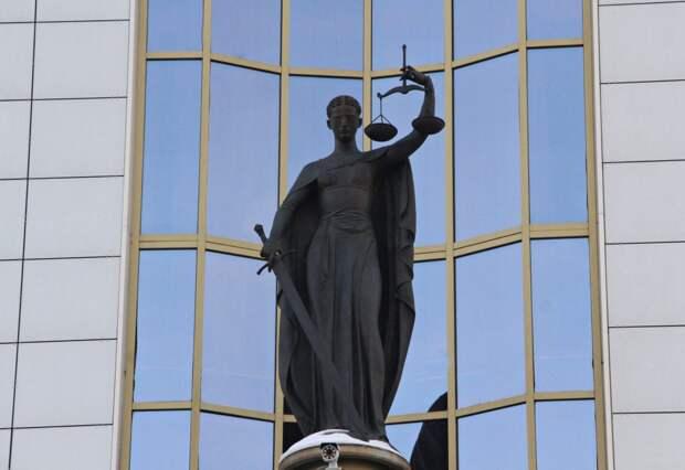 Предпринимателя из Чунского района осудят за контрабанду леса на 58 млн рублей