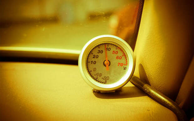 Почему автомобили помирают в жару?
