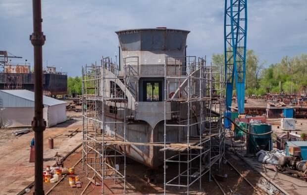 Обещанный Развозжаевым к маю 2021 года лайнер до Северной увяз на Волге