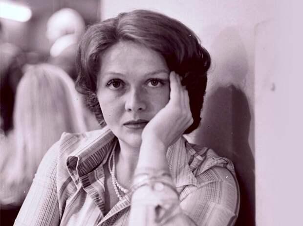 За что Наталья Гундарева ударила по лицу Татьяну Доронину? Конфликт длиной в жизнь
