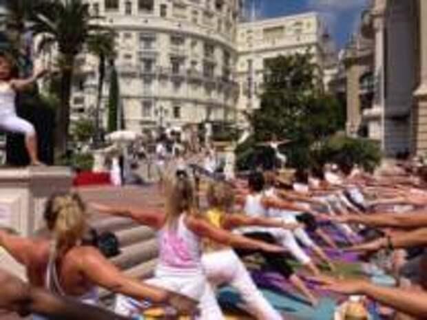 В Монако пройдет фестиваль йоги «Солнцестояние»