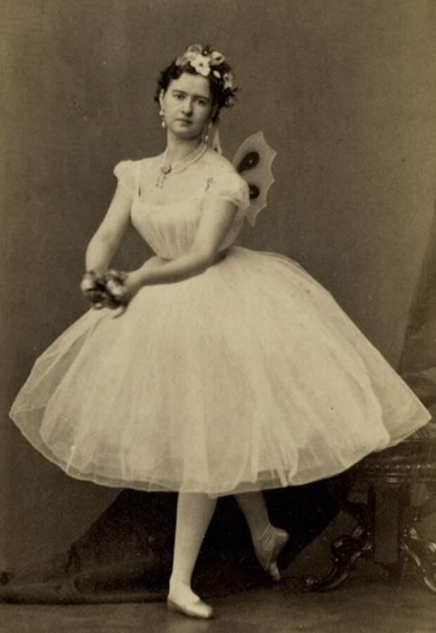 известная русская балерина Мария Сергеевна Суровщикова-Петипа. фото