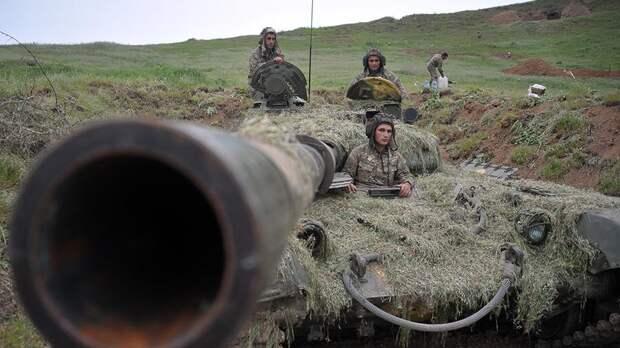 Россия взяла под тотальный контроль ситуацию в Нагорном Карабахе