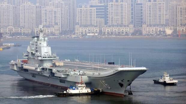 Китай ускорил разработки самолета дальнего радиолокационного обнаружения и целеуказания палубного базирования Xi'an KJ-600 — первый прототип поднялся в воздух