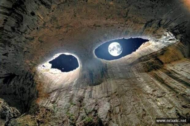 """Пещера """"Глаза Бога"""""""