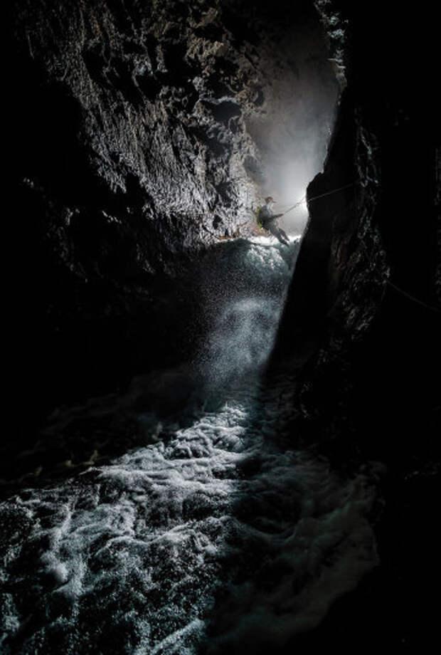 Что таится внутри хорватских пещер