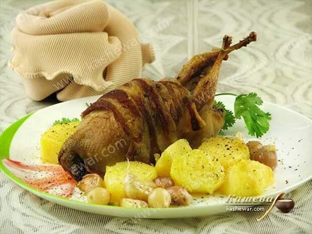 Перепела в духовке с беконом – рецепт с фото, французская кухня