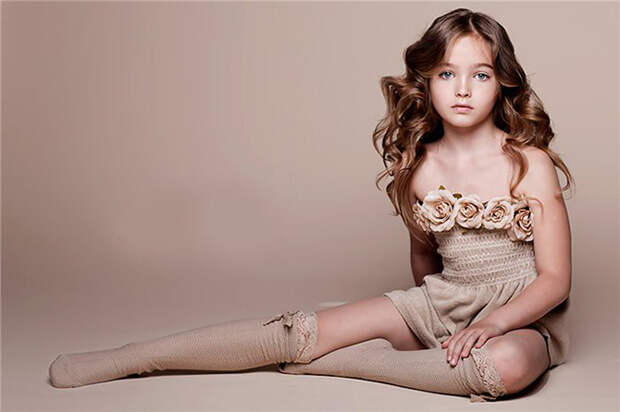 Детская красота со взрослым лицом