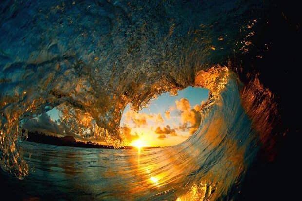 Волны запечатленные на всегда
