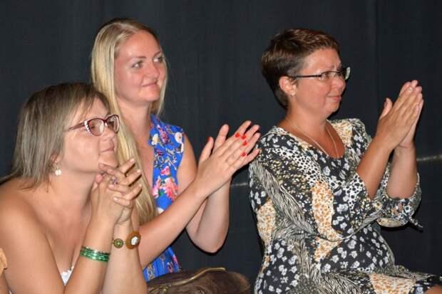 В Севастополе куклы репетировали перед зрителями (фото)