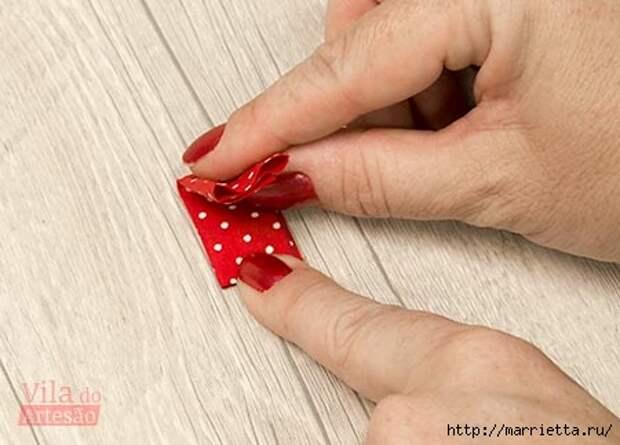 Кольца с цветами из ткани для салфеток (11) (450x323, 80Kb)