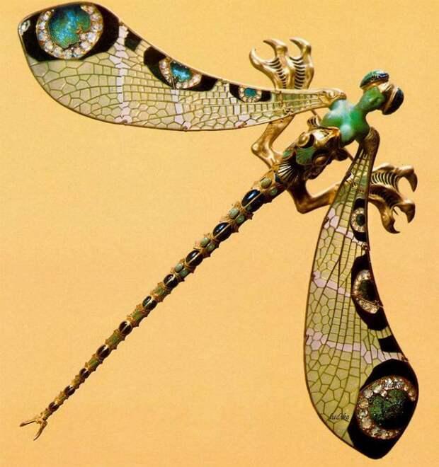 Драгоценный инсектарий: образы насекомых в прекрасных работах ювелиров