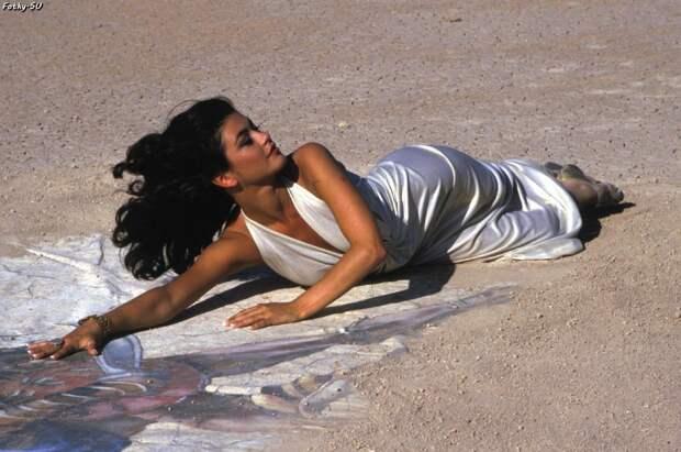 Кэтрин Зета-Джонс в 1992 году.