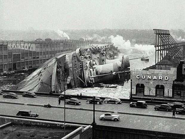 25. Крушение трансатлантического лайнера Normandie, 1942 год. исторические фотографии, история, фото