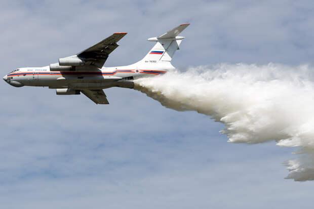 Авиацию привлекут для тушения пожара в селе Пугачево в Удмуртии