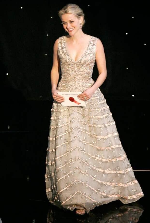 Роскошные наряды голливудских красавиц на красной дорожке «Оскара» в разные годы