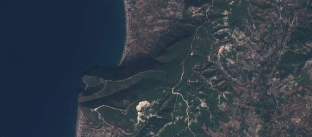 Последствия пожаров в Латакии. Вид из космоса