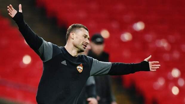 Комментатор «Матч ТВ» рассказал, какА. Березуцкий купил путевки влагерь для всех игроков изкоманды детдома